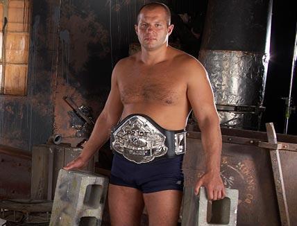 Luchadores miticos y combates historicos de K1/Kick boxing/Muay Thai/MMA Fedor-emelianenko